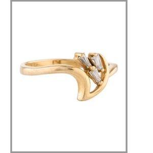 22k yellow gold baguette diamond ring size 6.5